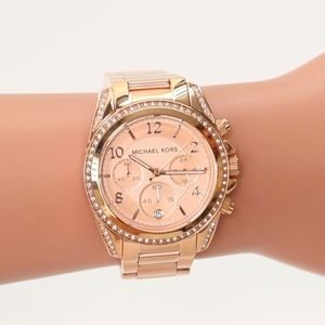 MICHAEL KORS~5263 blair~ROSE-GOLD & CRYSTAL WATCH